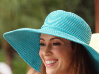 Mistresses Exclusive: Alyssa Milano on the Baby Daddy Reveal, An Action-Packed Finale and More