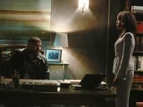 Olivia Confides in Huck
