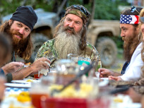 Duck Dynasty Family Releases Statement, Stands Behind Phil Robertson