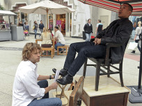 Deeks: Shoe Shiner