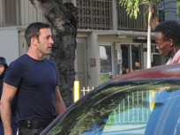 Deadly Reports - Hawaii Five-0 Season 5 Episode 15