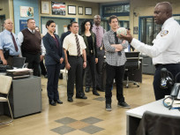 Brooklyn Nine-Nine Season 2 Episode 16
