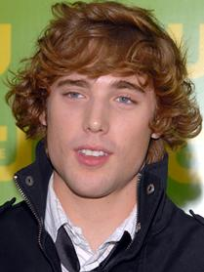 Dustin Milligan