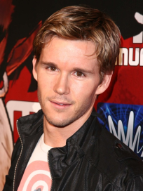Ryan Kwanten Picture