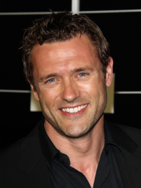 Jason O'Mara Photo