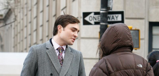 Ed on the gossip girl set