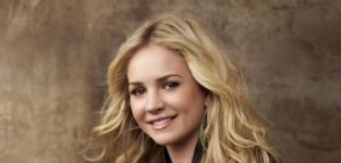 Brittany Robertson Promo Pic