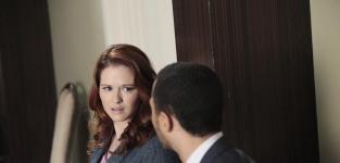 "Grey's Anatomy Exclusive: Sarah Drew on Surprising Hook Up, ""Gigantic"" Season Finale Event"