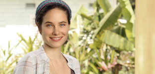 Caroline dhavernas for off the map