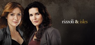 Rizzoli and isles poster