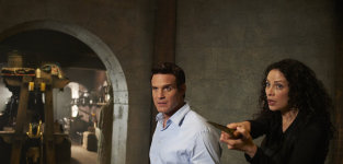 What did you think of Warehouse 13's final season premiere? Grade it!