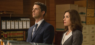 Finn and Alicia Face Off In Court - The Good Wife Season 6 Episode 1