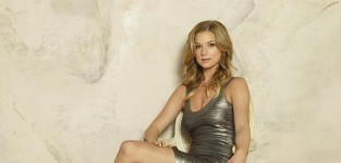 Emily Thorne's 14 Best Looks