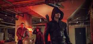 What Grade Do You Give Arrow Season 3 at Midseason?