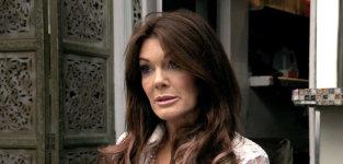 Lisa hears about the argument vanderpump rules