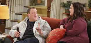 The house to themselves mike and molly