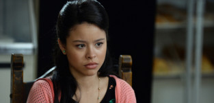 Mariana asks questions the fosters