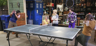 Ping pong battle the big bang theory
