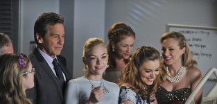 Gathering at the hospital hart of dixie season 4 episode 10