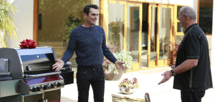 A Shiny New Grill - Modern Family Season 6 Episode 19