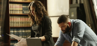 Scandal: Watch Season 4 Episode 19 Online