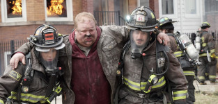 Saving Lives - Chicago Fire Season 3 Episode 21