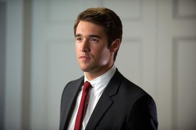 Joshua Bowman (Daniel Grayson)