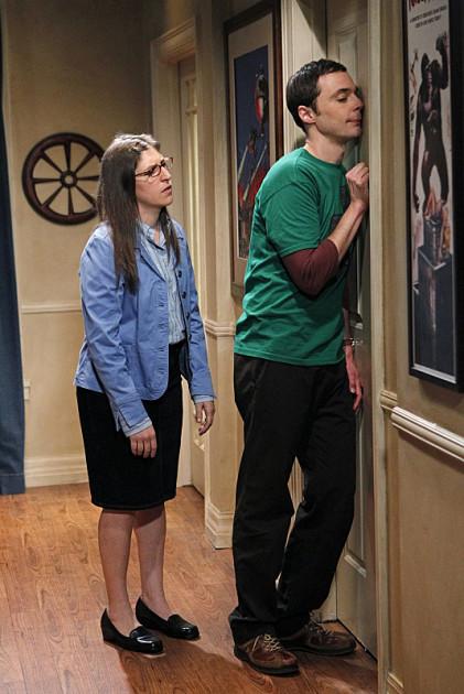 Sheldon Knocks