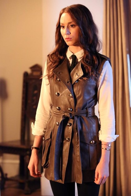 Smart Dresser - Pretty Little Liars Season 5 Episode 10
