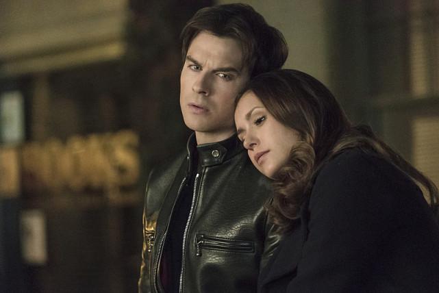 Catatan si Zenal (zheze Dork): The Vampire Diaries Season 6