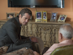Raylan Givens Talks To A Suspect
