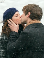 Blair and Nate Kissing