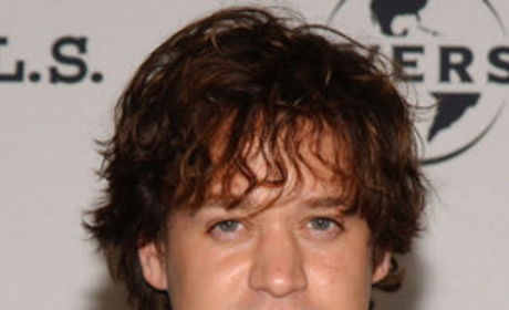 T.R. Knight Confirms He is Gay