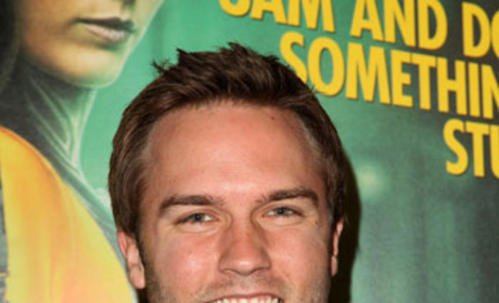 Scott Porter Cast as Private Eye on The Good Wife