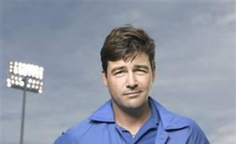 Kyle Chandler Photo