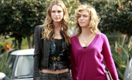 "90210 Recap: ""The Dionysian Debacle"""