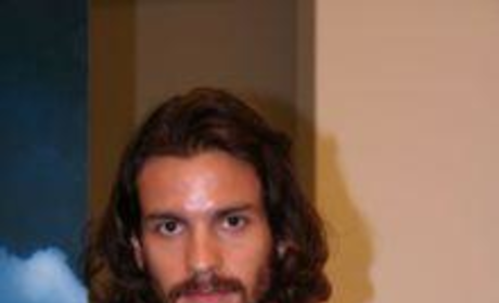 Santiago Cabrera Picture