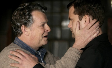 Fringe Season Finale Spoiler: Special Gravestone Alert!