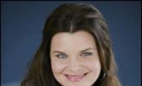 Heather Tom to Donate Dress Off Her Back
