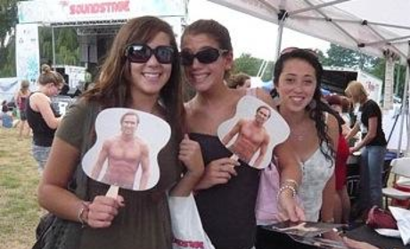 Kyle Lowder Fans Show Their Support, Masks