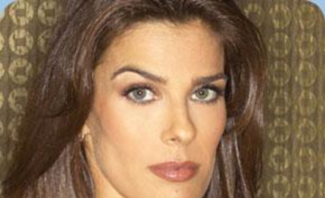 Kristian Alfonso Shows Off Jewelry Line