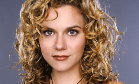 Hilarie Burton to Play Reality Star on Castle