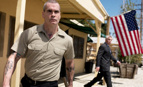 Sons of Anarchy Spoiler Pics: Henry Rollins and Adam Arkin