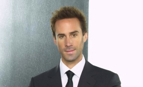 Joseph Fiennes to Star on American Horror Story?