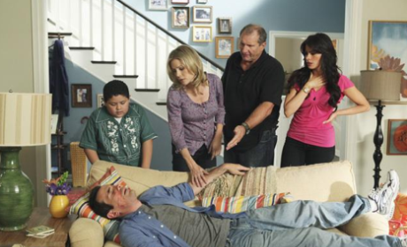 """Modern Family Recap: """"Come Fly With Me"""""""