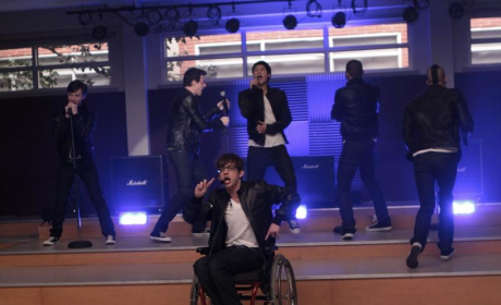 "Glee Preview: ""Vitamin D"""