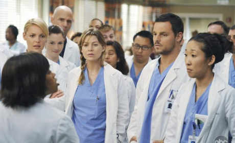 "Tonight's Grey's Anatomy: ""There's No 'I' in Team"""