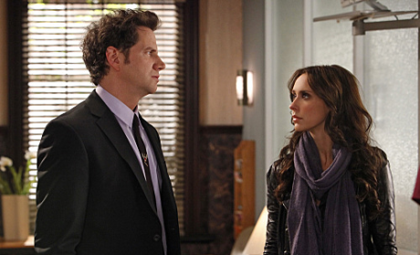 "The Ghost Whisperer Review: ""Living Nightmare"""
