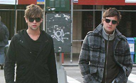 This is How Ed Westwick, Chace Crawford Roll