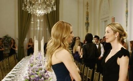 Gossip Girl Fashion: Woman On the Verge